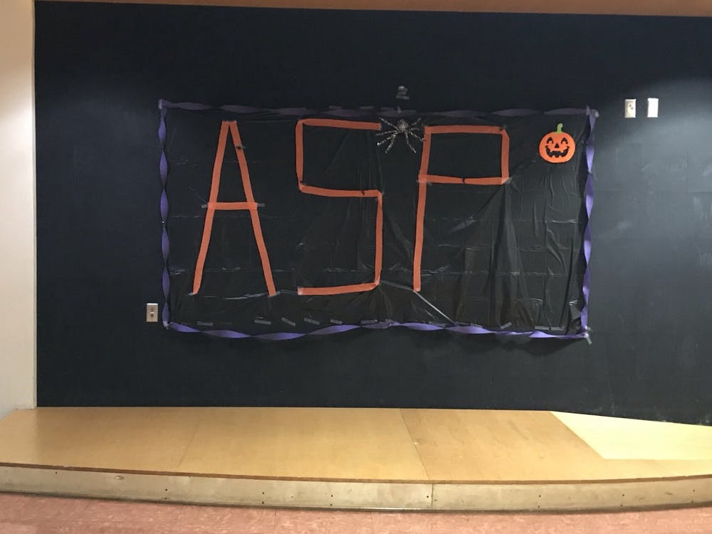 ASP Hosts Trunk or Treat event to cheer up students