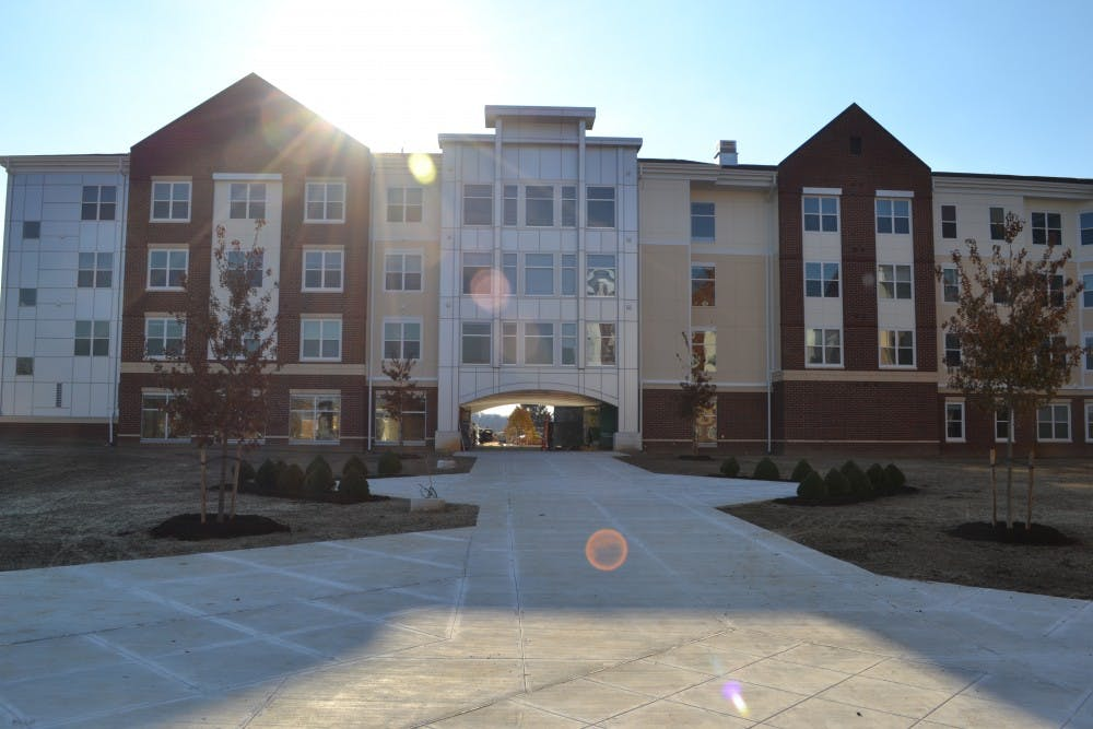 New dorms bring new memories for SU students