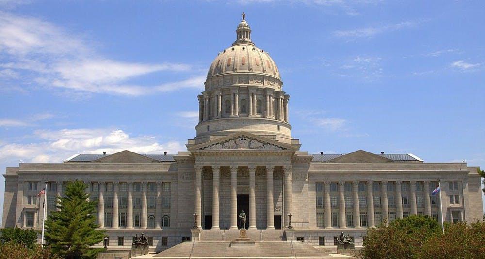 Missouri_State_Capitol_-_panoramio_(1)