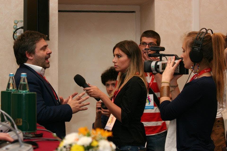 Gennaro_Carotenuto_and_volunteers_-_International_Journalism_Festival_2011