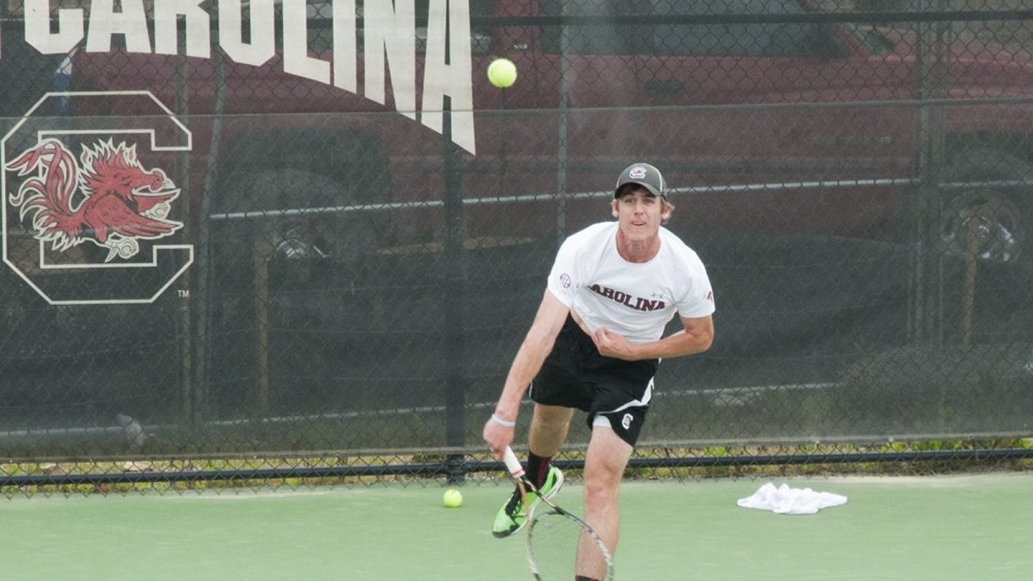 Senior Harry Menzies won his third singles match in conference play against LSU.