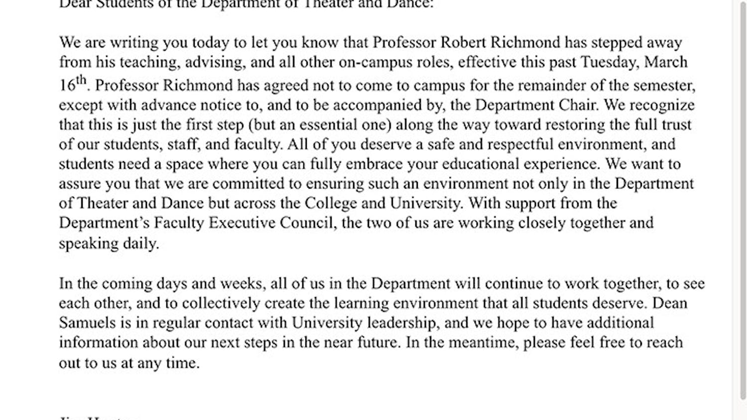 A screenshot of the email sent out after USC theater professor Robert Richmond was removed.
