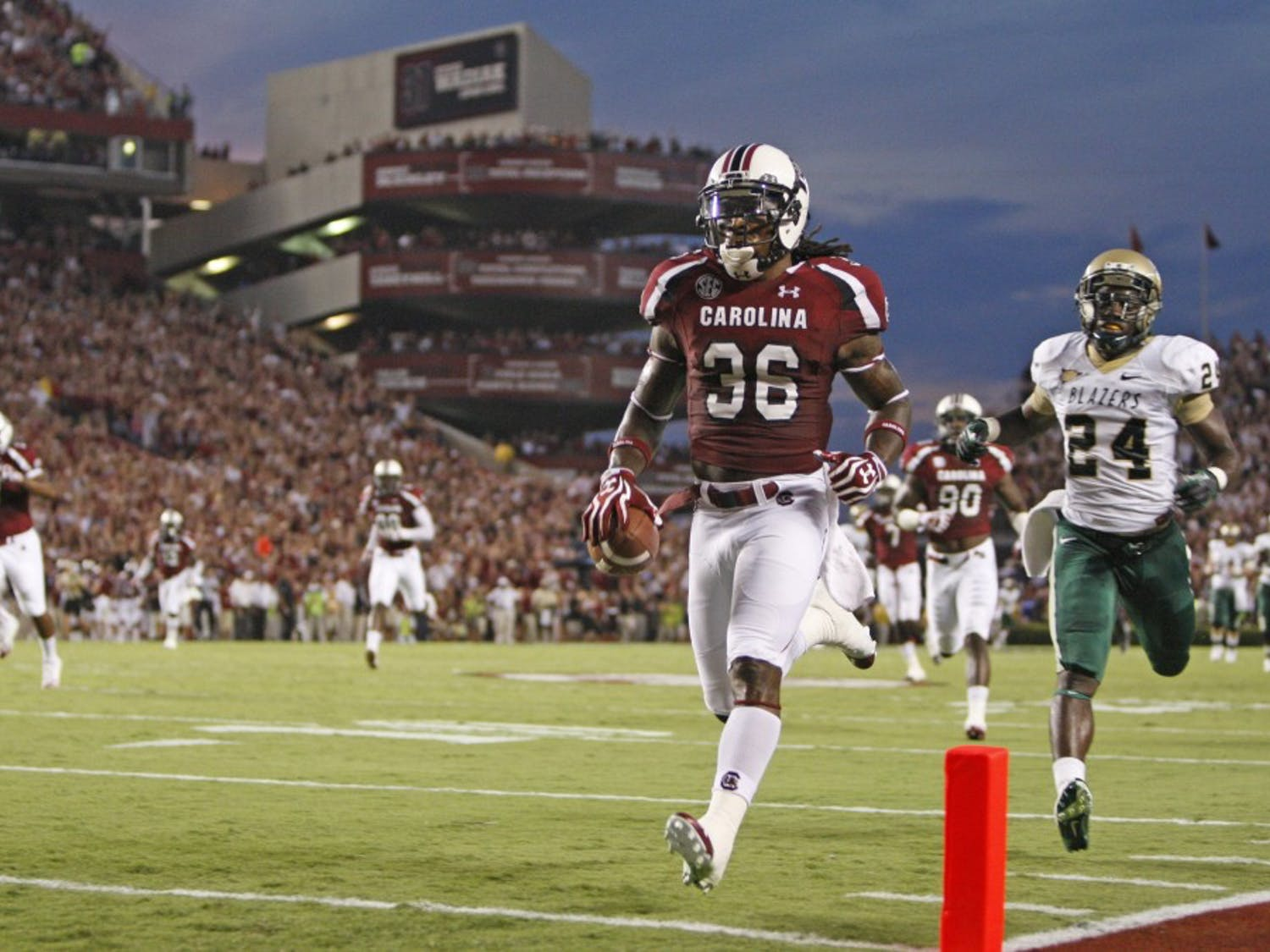 South Carolina safety D.J. Swearinger (36) scores a touchdown after recovering a fumble in the first quarter against Alabama-Birmingham at Williams-Brice Stadium in Columbia, South Carolina, on Saturday, September 15, 2012. (Gerry Melendez/The State/MCT)