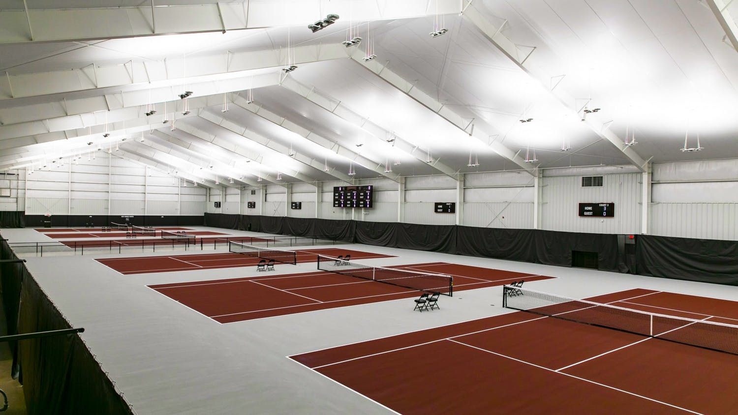 The new South Carolina Indoor Tennis Center was unveiled in a ceremony on Friday. The 55,000 square foot facility allows players to compete year-round on one of six courts, with locker rooms and an athletics training space.