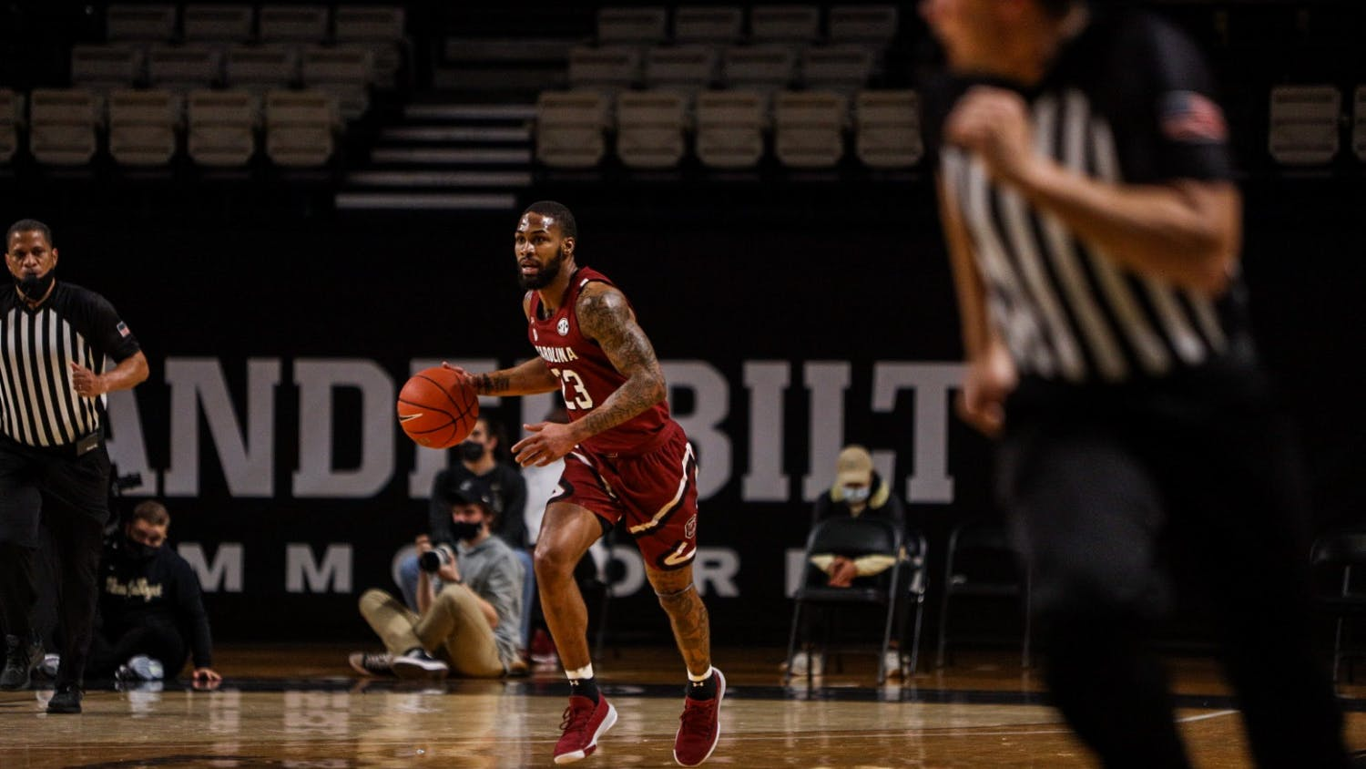 Redshirt senior Seventh Woods dribbles the ball down the court during South Carolina's game at Vanderbilt. South Carolina lost 93-81.