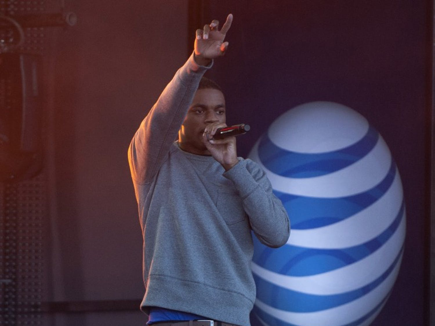 Rapper and Hip Hop artist Vince Staples sings a duet with Common's Lonnie Rashid Lynn, Jr., at Jimmy Kimmel Live! on July 23, 2014 in Hollywood, Calif. (David Bro/Zuma Press/TNS)