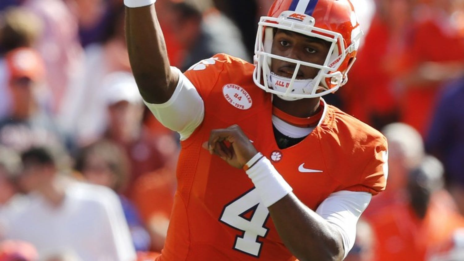 Clemson quarterback Deshaun Watson (4) passes during the first half against North Carolina State at Memorial Stadium in Clemson, S.C., Saturday, Oct. 4, 2014. (Ethan Hyman/Raleigh News & Observer/MCT)