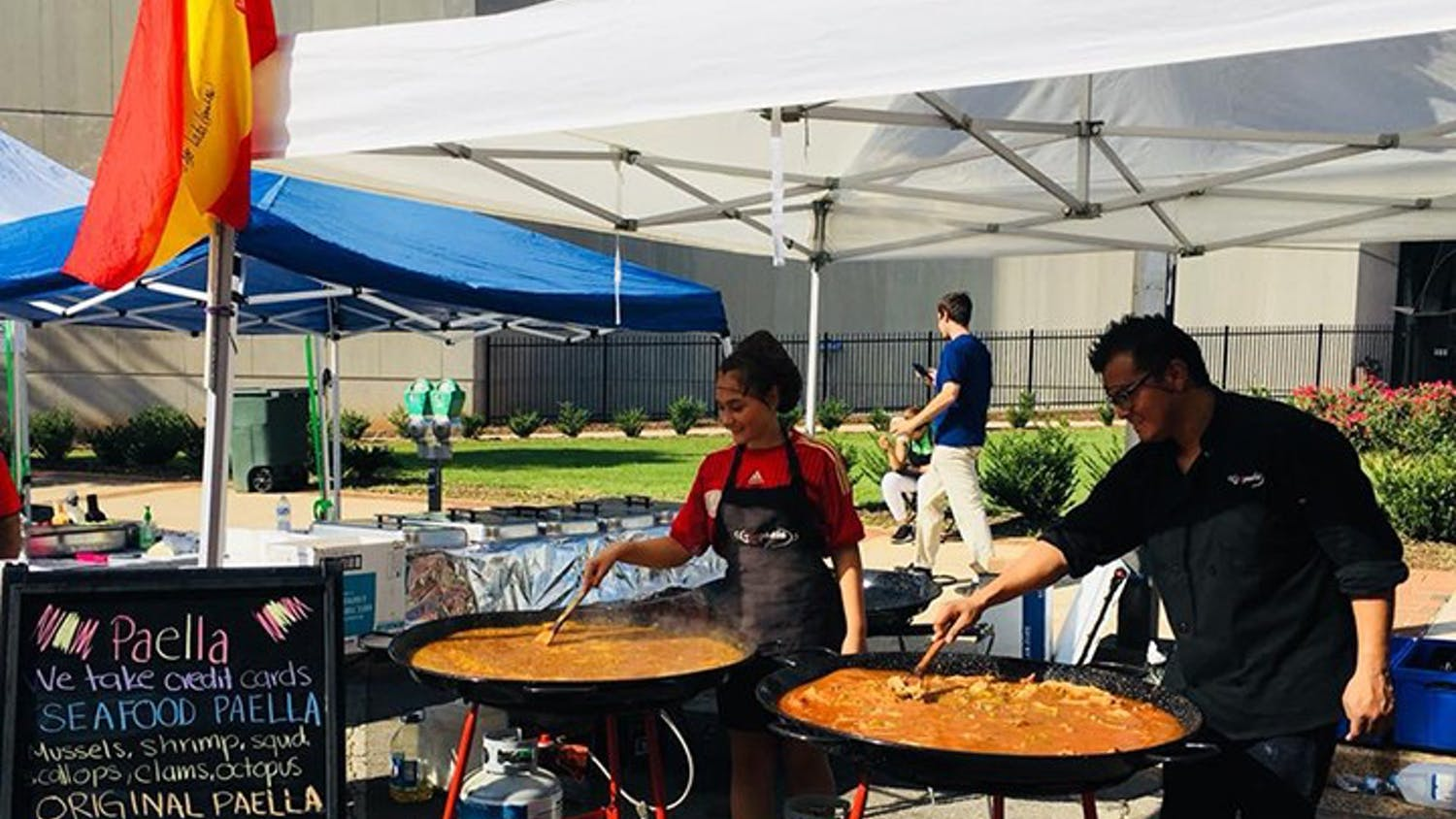 I Love Paella USA is a frequent vendor at the Soda City Market on Saturdays.