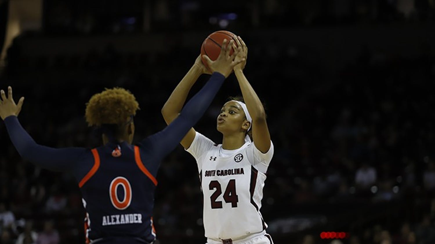 Senior guard Lele Grissett looks for a teammate to pass the ball to during a game against Auburn. During her time at USC, Grissett had a total of 635 points, 63 blocks and 93 assists.
