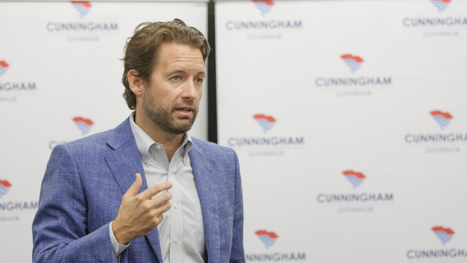 SC Democratic gubernatorial candidate Joe Cunningham speaks to a full room at Russell House.