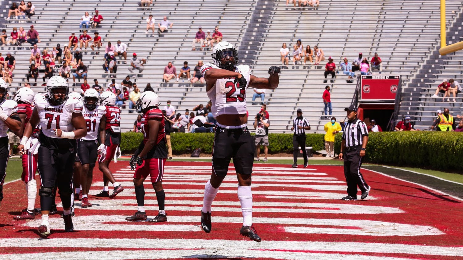Sophomore tight end Jaheim Bell jumping within the endzone during the 2021 Spring Game.