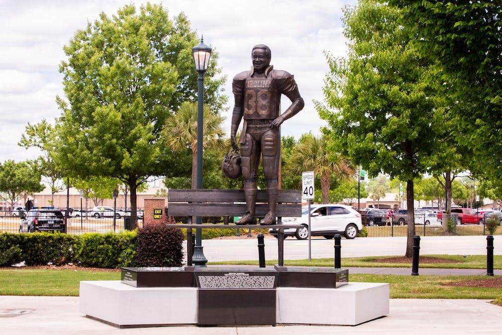 <p>The George Rogers statue located at Williams-Brice Stadium.</p>