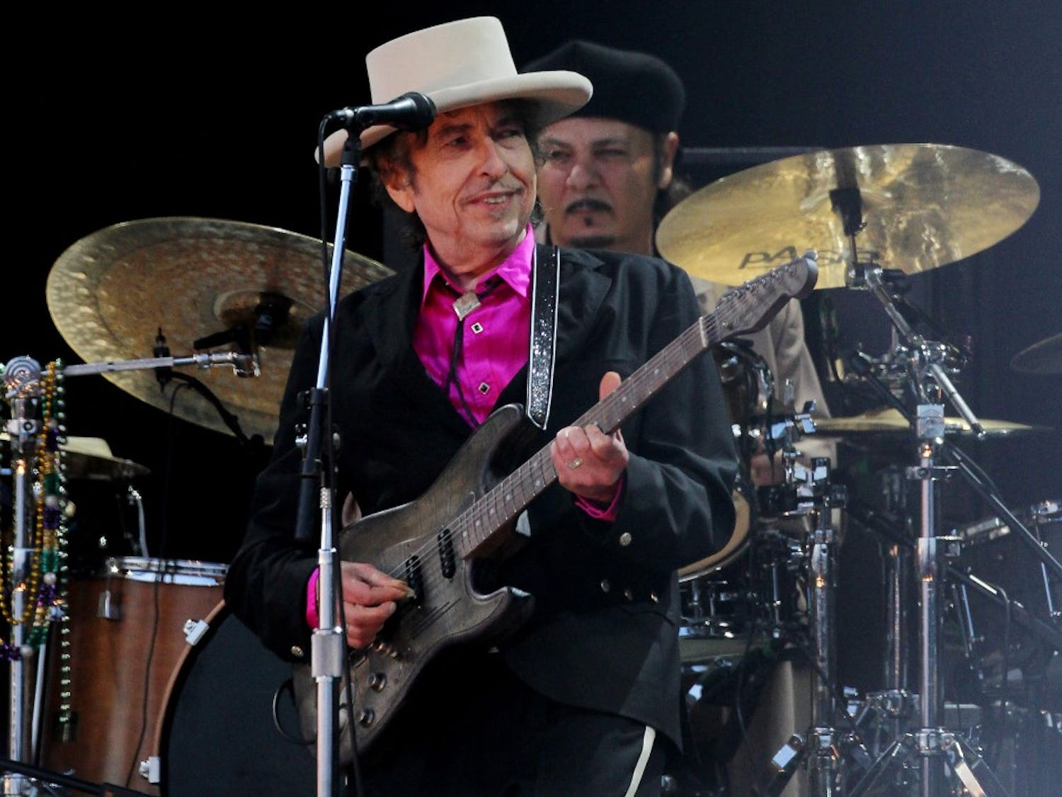 """File photo dated 3/7/2010 of American singer Bob Dylan, who has been hailed as """"a great poet in the English-speaking tradition"""" following his surprise win of the Nobel Prize in Literature. (Gareth Fuller/PA Wire/Zuma Press/TNS)"""
