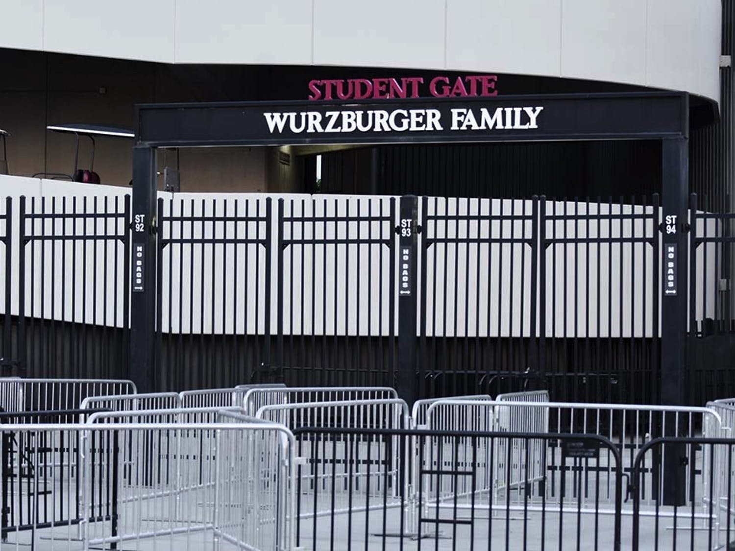 The student gate entrance at Williams-Brice Stadium. The lack of adequate staff, organization and infrastructure at the gate before the game led to the formation of a large crowd, which resulted in students getting injured.