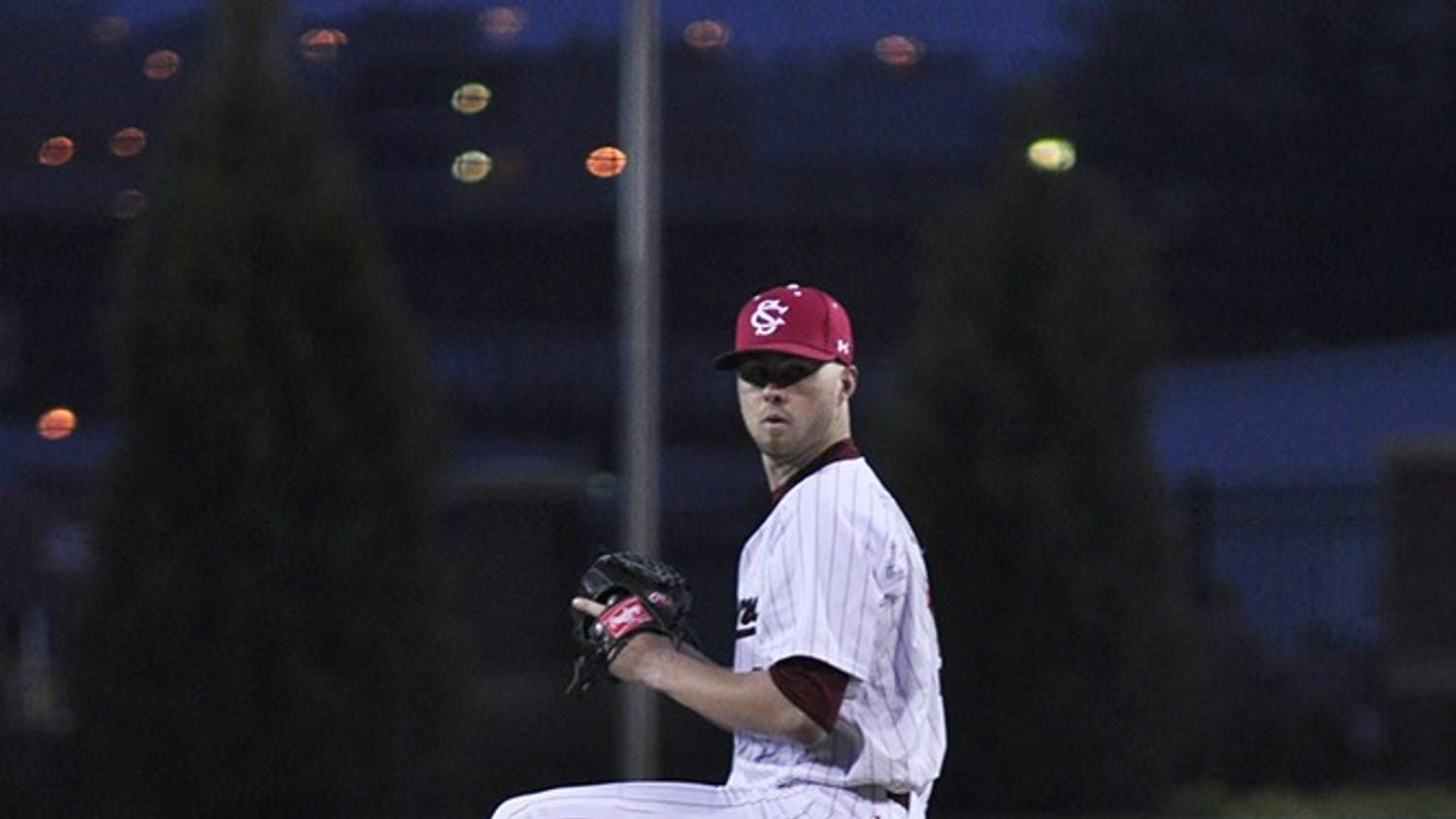 Sophomore Evan Beal took his fi rst loss of the season Friday night after giving up eight runs in 3.2 innings of work.