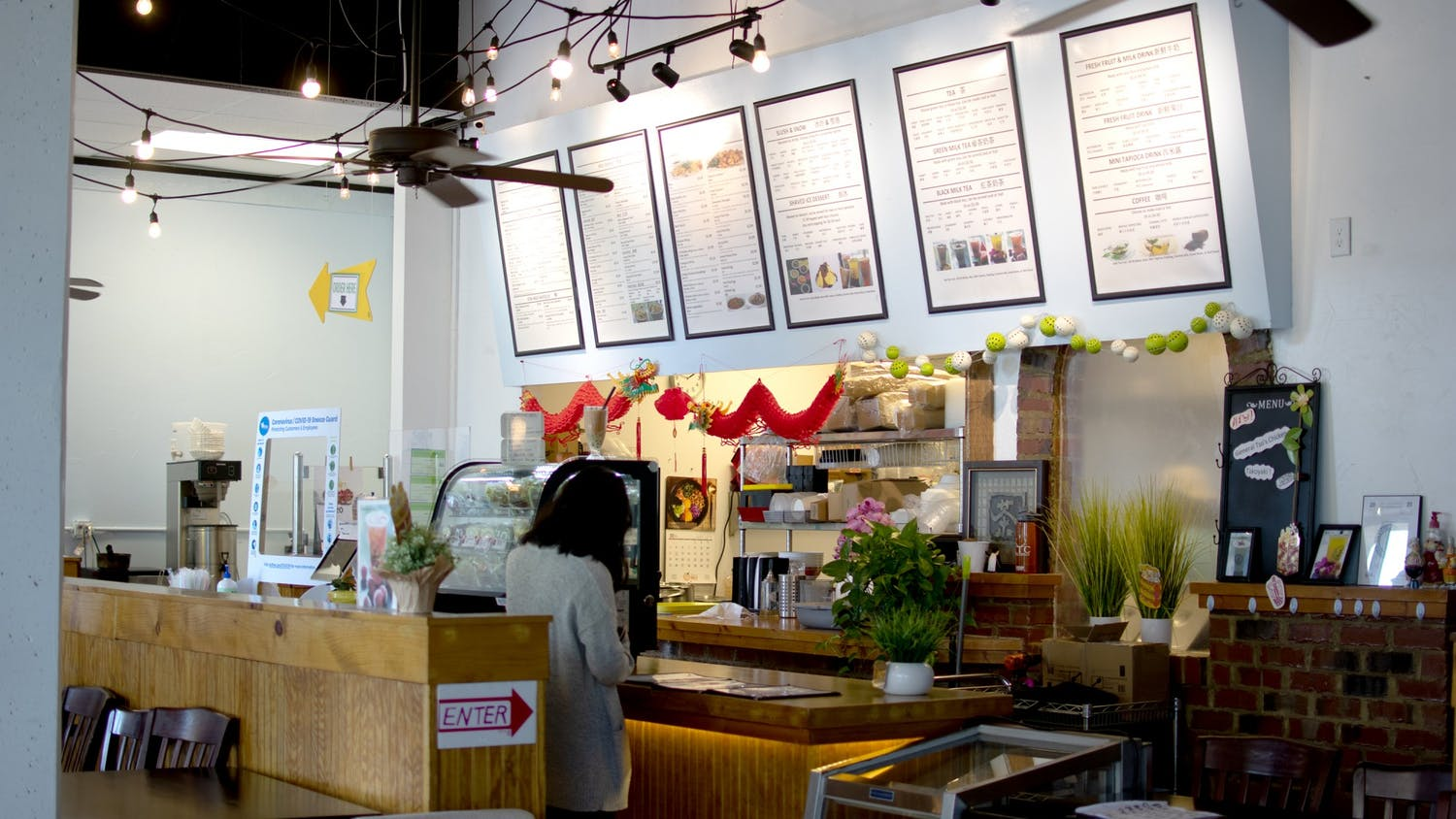 JJ Tea House, a local Taiwanese eatery located off Main Street, is a popular spot for students to study and order authentic Taiwanese food and boba tea.