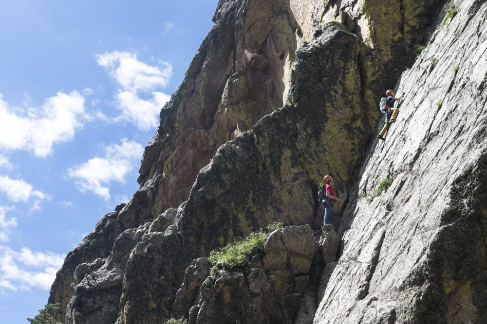 082814_rockclimbingweb_sj