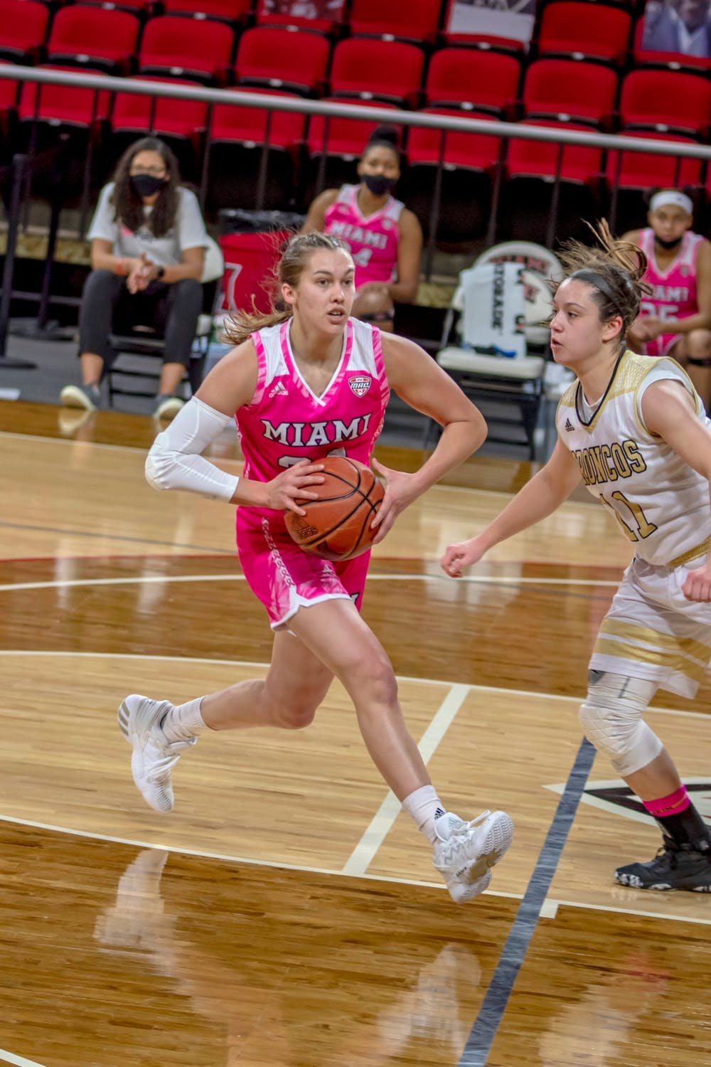 <p>Sophomore guard Peyton Scott has scored 30 points in each of her last two games</p>