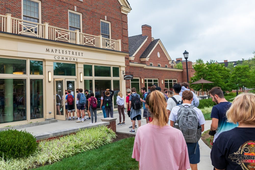 <p>Students are noticing abnormally long lines at nearly all dining facilities this semester.</p>