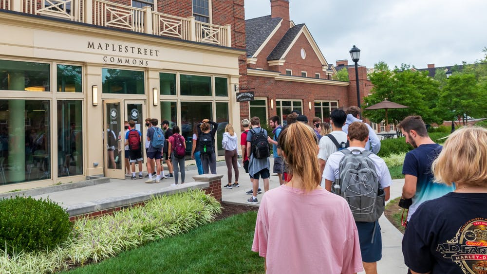 Students are noticing abnormally long lines at nearly all dining facilities this semester.