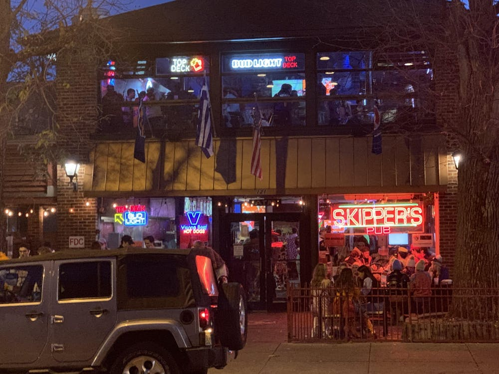 <p>Even with the pandemic surging, seniors are still trying to make the best of a new bar experience. (Photo taken in Oct. 2020) </p>