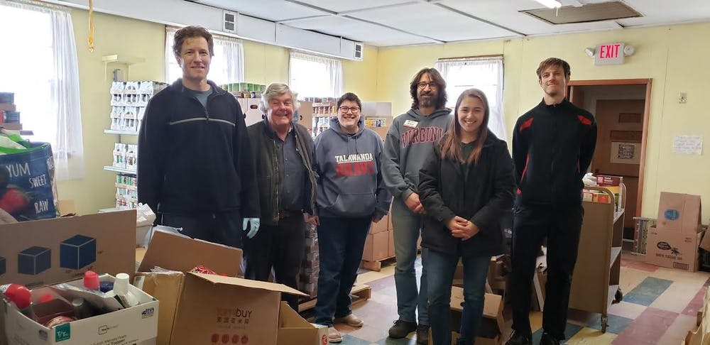 <p>ShareFest volunteers picked up food and personal care items donated in the residence halls. </p>