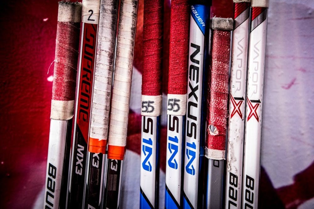 D7516 Hockey vs Colorado