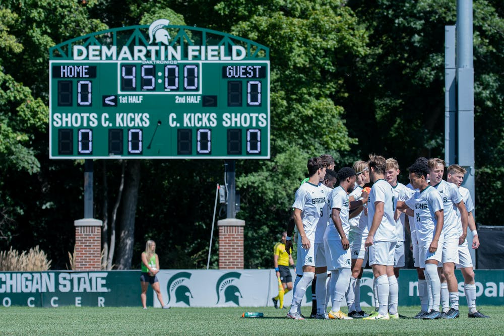 Michigan State men's soccer huddles up, prior the Spartans' 3-0 loss to Bowling Green on Sep. 6, 2021.