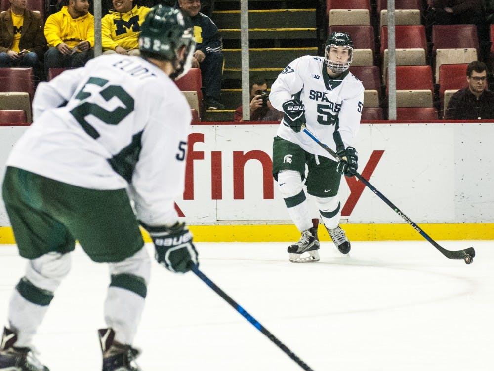 nwa_hkc_great_lakes_invitational_hockey_vs_university_of_michigan03_123016