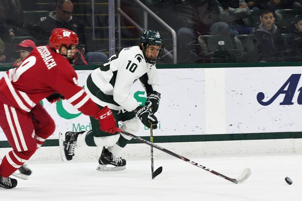 hockey-wisconsin1