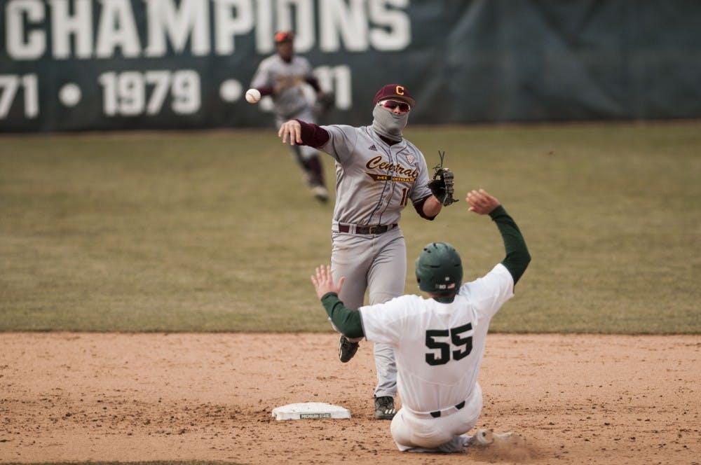 Baseball vs. Central Michigan_11