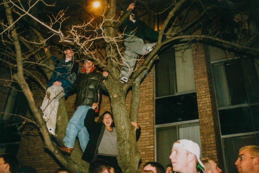 1999-riot-20