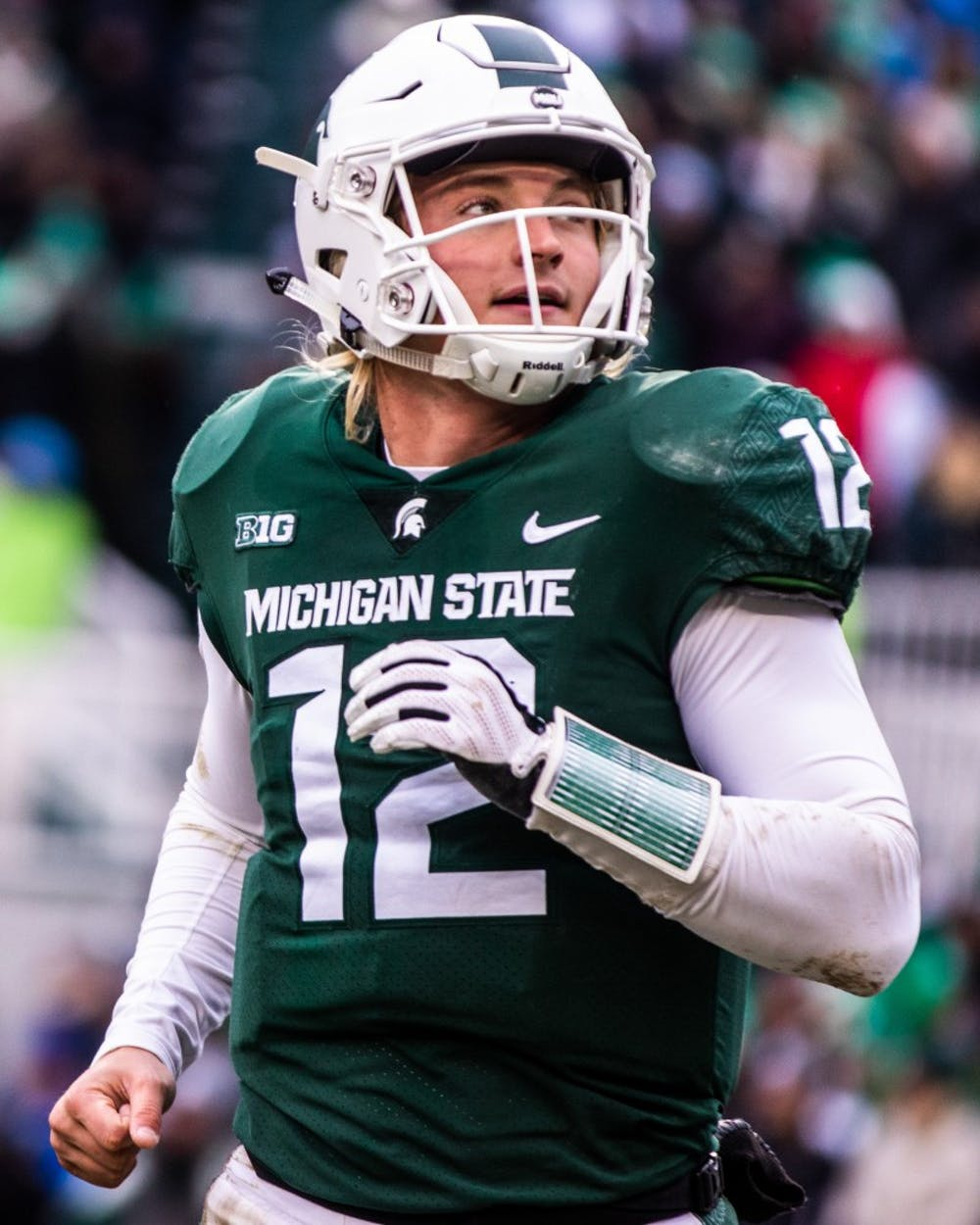 Redshirt freshman quarterback Rocky Lombardi (12) looks to the sideline during the game against Ohio State Nov. 10, 2018. The Spartans fell to the Buckeyes, 26-6.