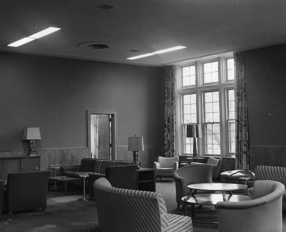<p>The Women's Lounge located within the Union,&nbsp;49 Abbot Rd, East Lansing, MI 48824, circa 1940s. Photo: MSU Archives and Historical Collections</p>