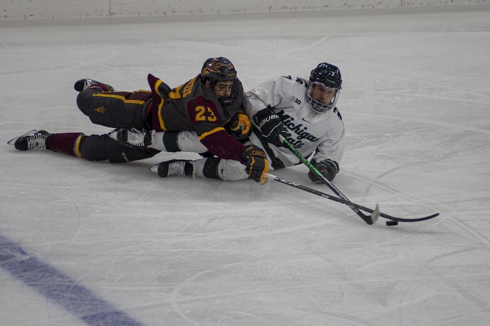 msu-vs-asu-hockey-demay-8