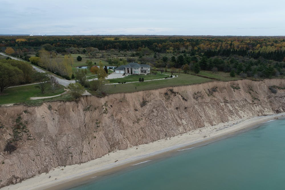 A photo of erosion in Manistee, Michigan. Photo courtesy of Ethan Theuerkauf, Michigan State University.