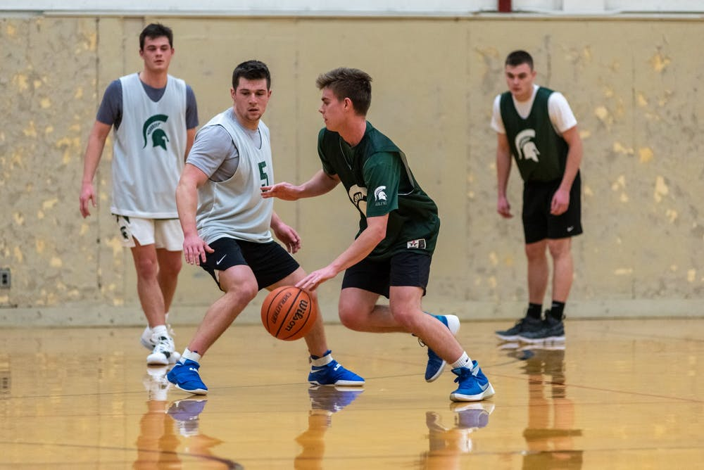 <p>MSU students compete in an intramural basketball game at IM Sports West on February 10, 2020.</p>