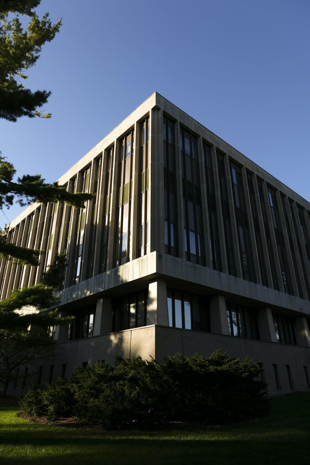 <p>The Hannah Administration Building on Sept. 20, 2020.</p>