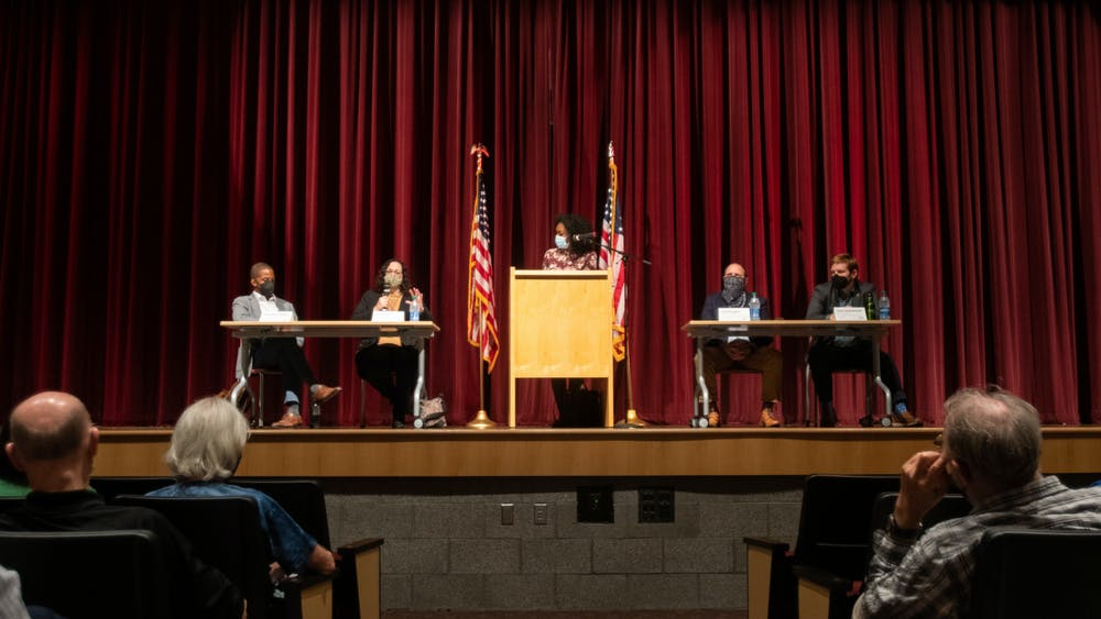 <p>State Rep. Sarah Anthony organized a panel with local professionals to answer a simple question, &quot;How green is Ingham County?&quot; The panel was held at Eastern High School on Monday, Oct. 11, 2021. </p>