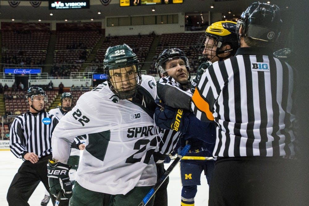 nwa_hkc_great_lakes_invitational_hockey_vs_university_of_michigan08_123016