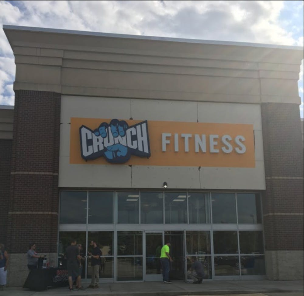<p>New Crunch Fitness location opens on East Grand River Avenue. </p>