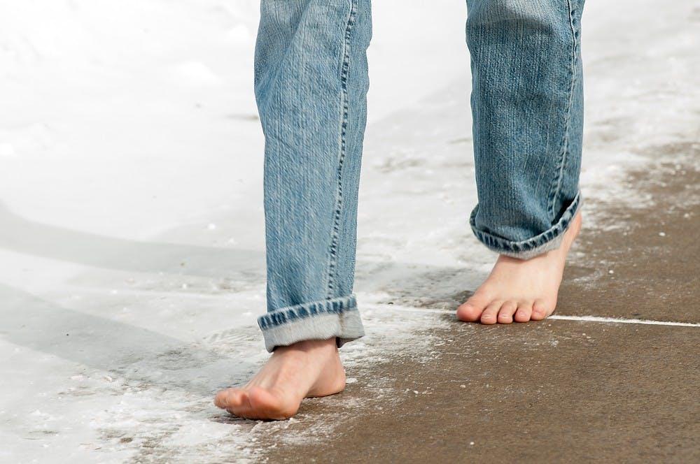 krf_fea_barefootdustin011_021815