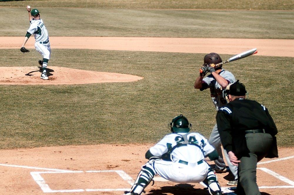 amt_bbc_baseballgamevscmu002_032415