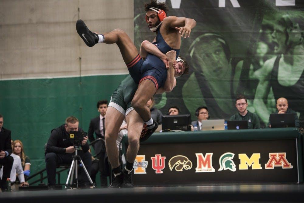 Michigan State wrestling falls to No  14 Illinois - The