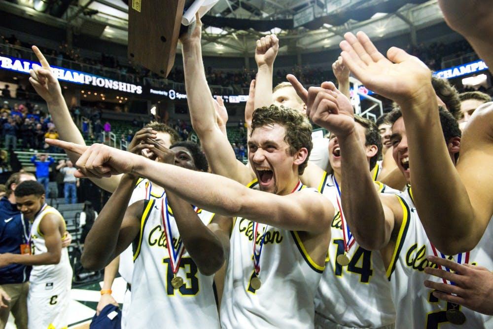 nwa_fea_class_a_boys_basketball_state_final_grand_rapids_christian_vs_clarkston_21_032517