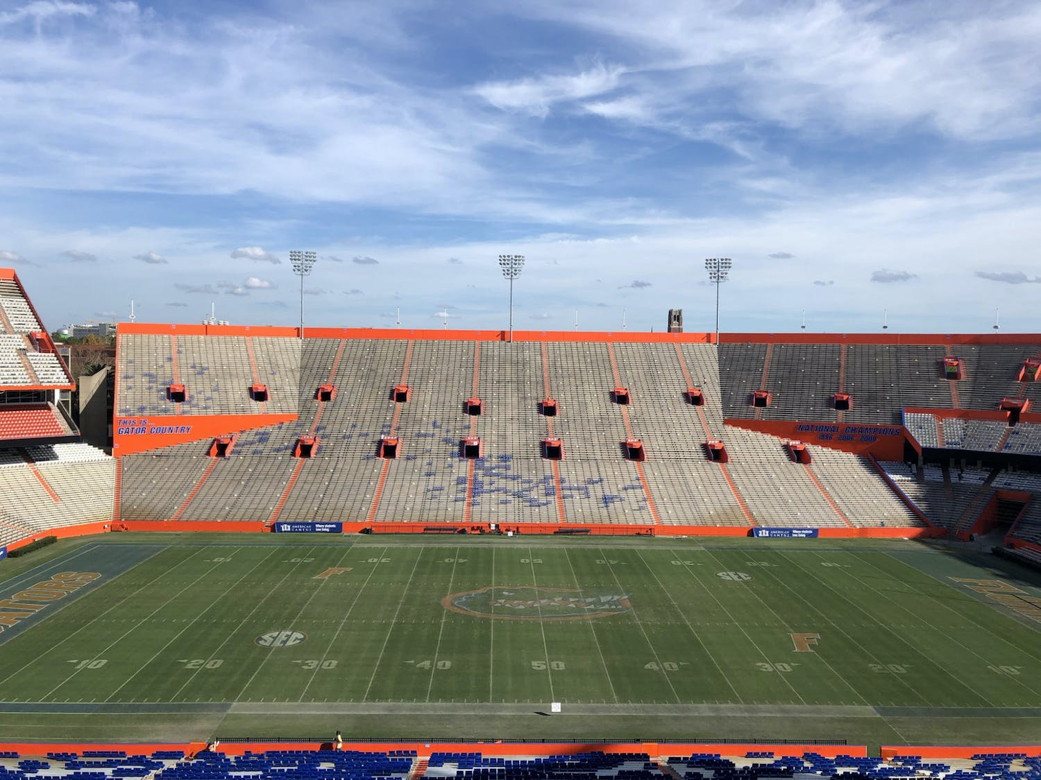 Florida football fielded its second commit in two days with three-star OT David Conner on Tuesday evening.