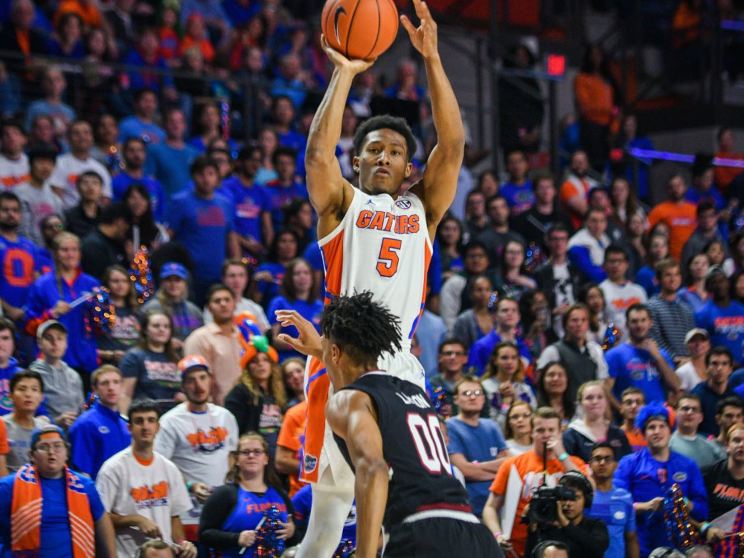 Senior guard KeVaughn Allen led the Gators in scoring with 13 points in their 62-52 win over Georgia on Saturday.
