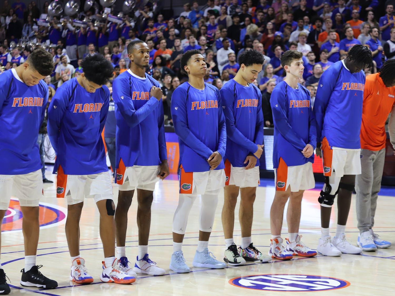 The Gators men's basketball team pregame.