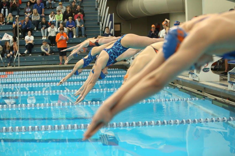 Women's Swimming backstroke