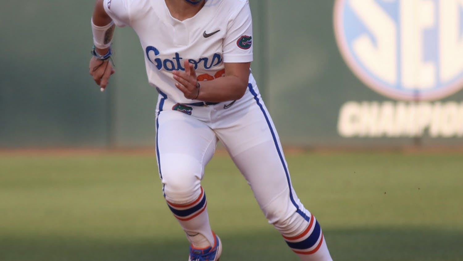 Outfielder Mia Buffano darts towards third base against Florida State Mar. 3